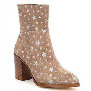 Steve Madden Reward Star Boots